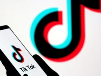 Tiktok account permanently delete कैसे करे।